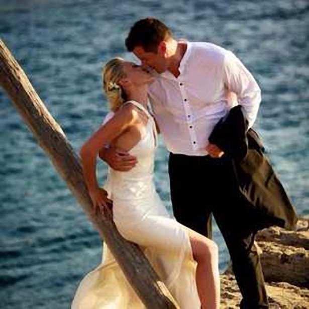 vestidos de novia y organización de bodas. Viajes de novios