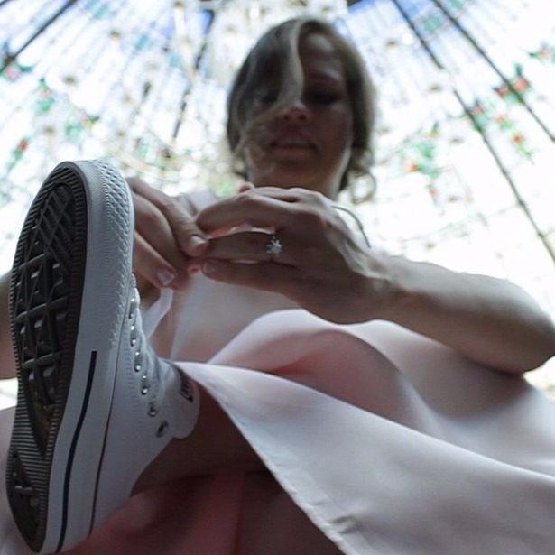Vestidos de novia y organizacion de bodas. Fotógrafos